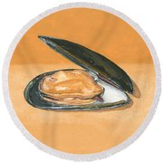 Open Mussel Round Beach Towel