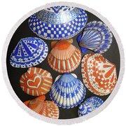 Orange And Blue Sharpie Shells Round Beach Towel