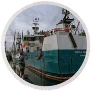 Round Beach Towel featuring the photograph Orca Warrior by Randy Hall