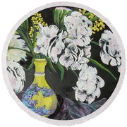 Oriental Vase And Flowers Round Beach Towel