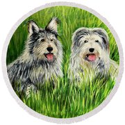 Oskar And Reggie Round Beach Towel
