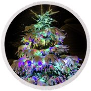 Round Beach Towel featuring the photograph O'tannenbaum by Rod Best