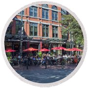 Oudoors Restaurant Vancouver Round Beach Towel