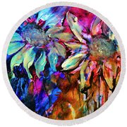 Out Of Style Hip Floral Art Round Beach Towel