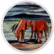 Outer Banks Wild Horses Round Beach Towel