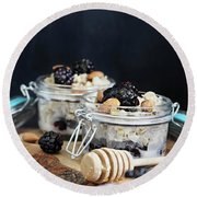 Overnight Oatmeal With Blackberries And Honey Round Beach Towel