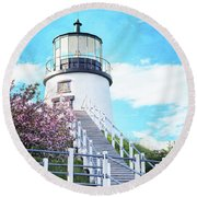 Owl's Head Light In Early June Round Beach Towel