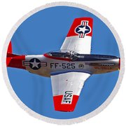 P-51d Mustang Flyby Round Beach Towel
