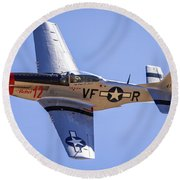P51d Mustang At Reno Air Races Round Beach Towel