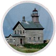 Painted Northwest Block Island Lighthouse Round Beach Towel