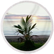 Palma En Patillas Round Beach Towel