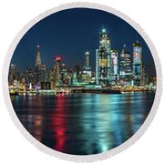 Panoramic Skyline-manhattan Round Beach Towel