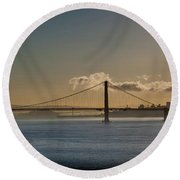 Panoramic View Of Downtown San Francisco Behind The Golden Gate  Round Beach Towel