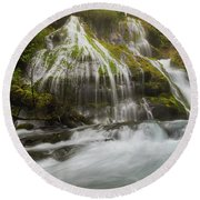 Panther Creek Falls In Fall Season Round Beach Towel