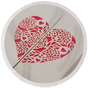 Paper Cut Heart Round Beach Towel