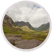 Pass Of Glencoe Round Beach Towel