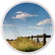 Peaceful Grazing Round Beach Towel