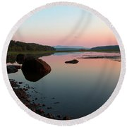 Peaceful Morning On The Hudson Round Beach Towel
