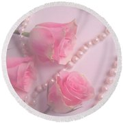 Pearls And Roses Round Beach Towel