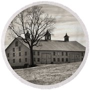 Round Beach Towel featuring the digital art Pennsylvania Barn by Robert Geary