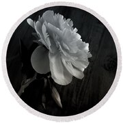 Round Beach Towel featuring the photograph Peonie by Sharon Jones