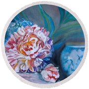 Peony And Chinese Vase Round Beach Towel