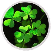 Perfect Green Shamrock Clovers Round Beach Towel