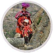 Peruvian Mother And Child Round Beach Towel