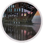 Peter Iredale Shipwreck At Sunrise Round Beach Towel
