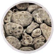 Petoskey Stones Vl Round Beach Towel
