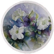 Petunias In Summer Round Beach Towel