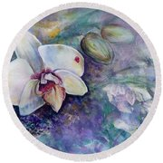 Phalaenopsis Orchid With Hyacinth Background Round Beach Towel