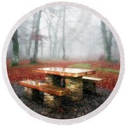 Picnic Of Fog Round Beach Towel