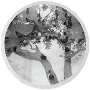 Pigeon Round Beach Towel
