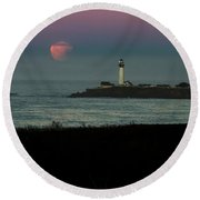 Pigeon Point Supermoonset Round Beach Towel