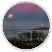 Pigeon Point Supermoon Round Beach Towel