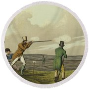 Pigeon Shooting Round Beach Towel