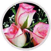 Pink And White Roses Round Beach Towel