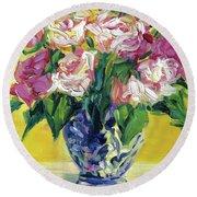 Pink Roses In Blue Deft Vase Round Beach Towel