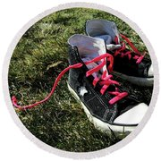 Pink Shoe Laces Round Beach Towel