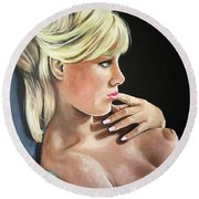 Pinup Round Beach Towel