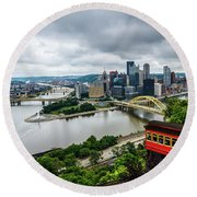 Pittsburgh From The Incline Round Beach Towel