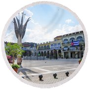 Plaza Vieja Round Beach Towel