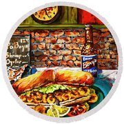 Po'boy Time Round Beach Towel