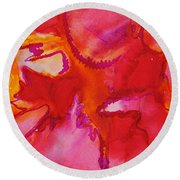 Poisonous Beauty Round Beach Towel