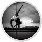 Pole Dance 1 Round Beach Towel