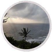 Pololu Valley, Hawaii Round Beach Towel