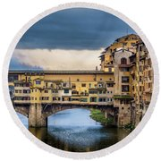 Round Beach Towel featuring the photograph Ponte Vecchio E Gabbiani by Sonny Marcyan