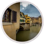 Round Beach Towel featuring the photograph Ponte Vecchio by Sonny Marcyan