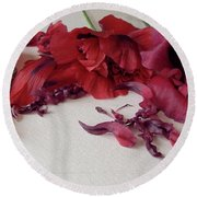 Poppies Petals Round Beach Towel